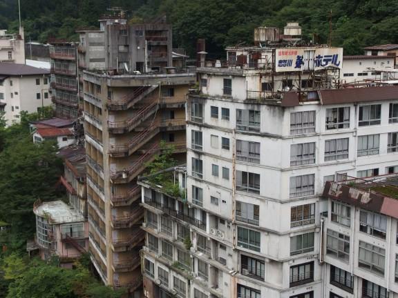 廃墟化している鬼怒川の大型ホテル